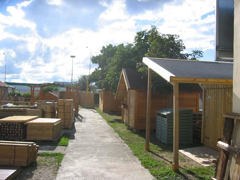 terrasse-abris-de-jardin-garde-corps-palissade-treillis-parquet-pergolas-entretien-du-bois-mobilier-exterieur-121