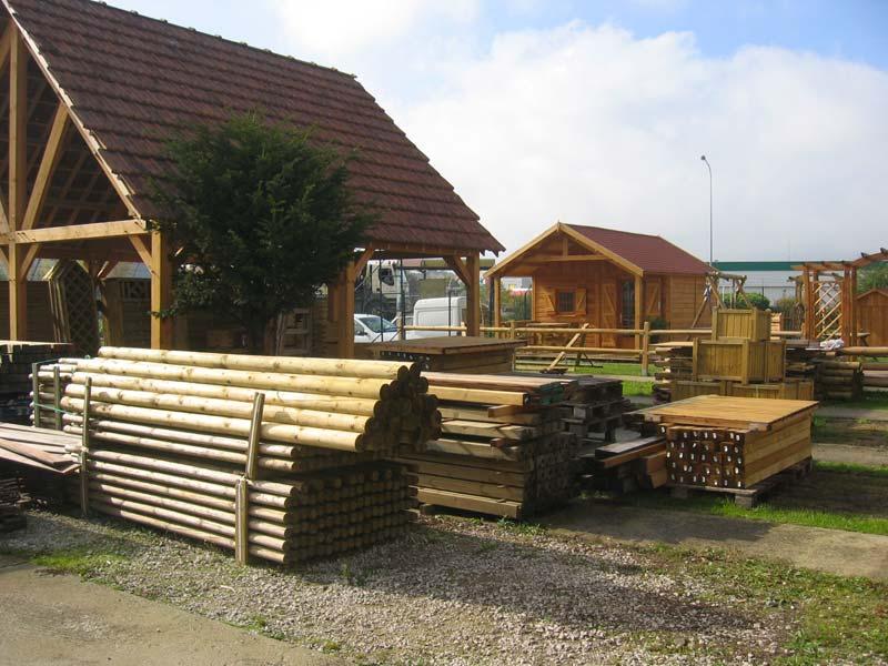 terrasse-abris-de-jardin-garde-corps-palissade-treillis-parquet-pergolas-entretien-du-bois-mobilier-exterieur-122