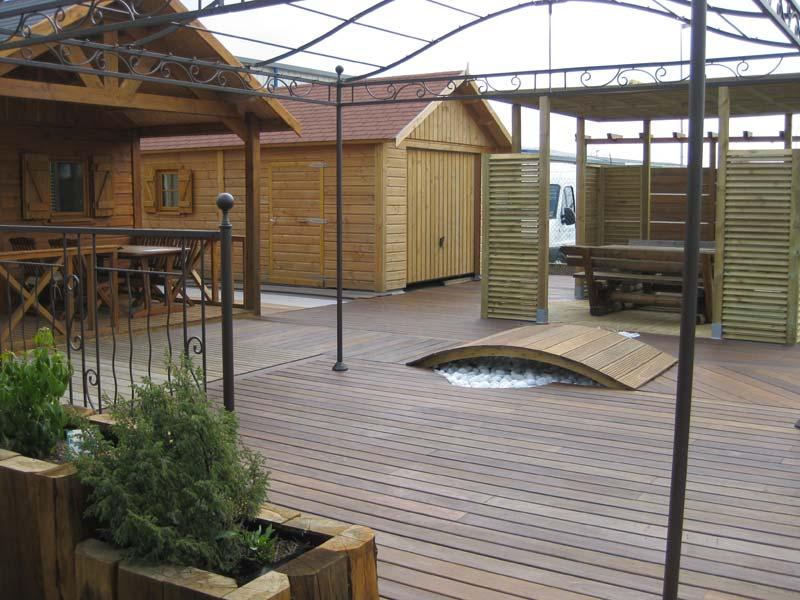 terrasse-abris-de-jardin-garde-corps-palissade-treillis-parquet-pergolas-entretien-du-bois-mobilier-exterieur-137