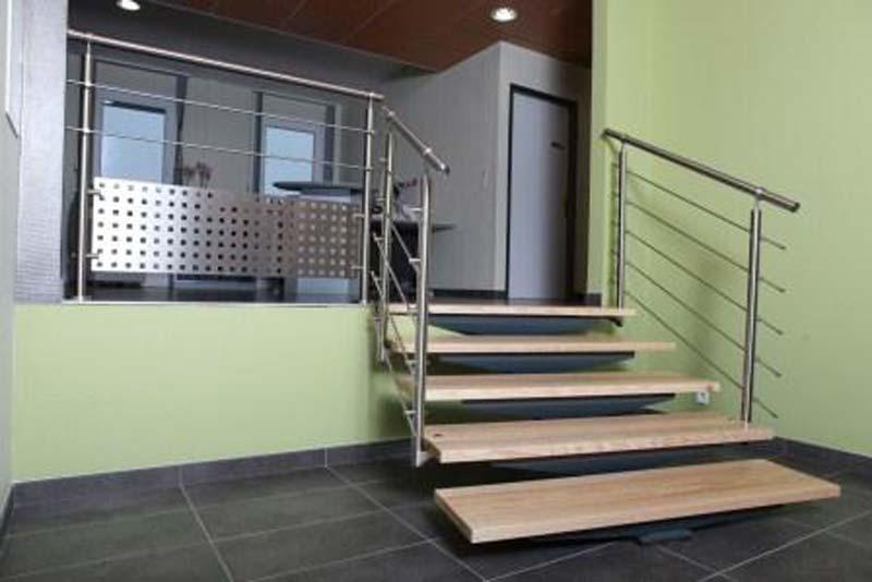 terrasse-abris-de-jardin-garde-corps-palissade-treillis-parquet-pergolas-entretien-du-bois-mobilier-exterieur-83