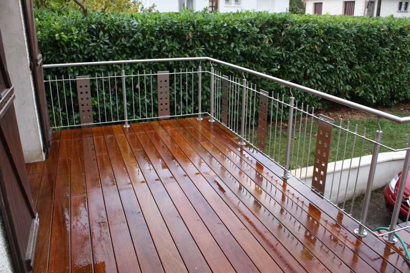 terrasse-abris-de-jardin-garde-corps-palissade-treillis-parquet-pergolas-entretien-du-bois-mobilier-exterieur-89
