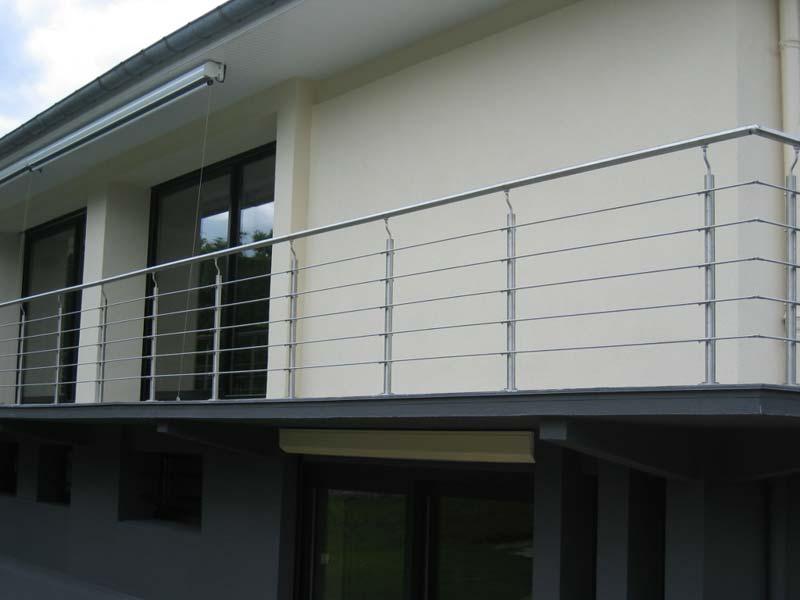 terrasse-abris-de-jardin-garde-corps-palissade-treillis-parquet-pergolas-entretien-du-bois-mobilier-exterieur-91